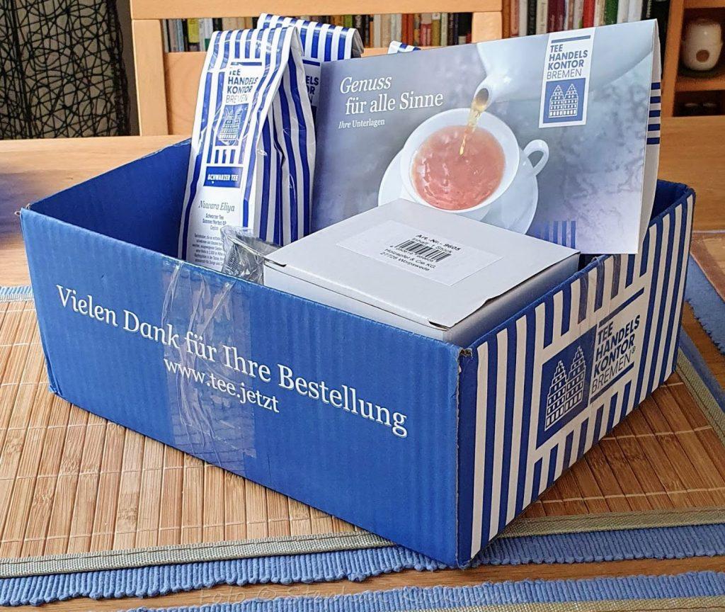Tee-Handels-Kontor Bremen - Lieferkarton und Ware nach dem Auspacken.
