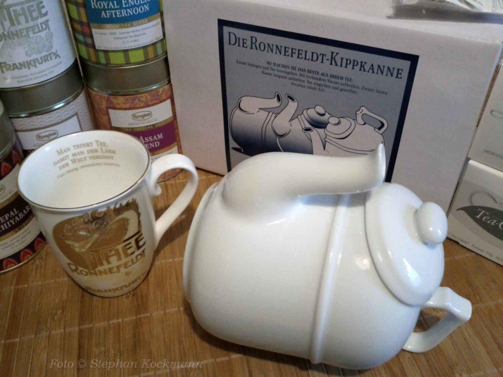 Kippkanne und Tee von Ronnefeldt