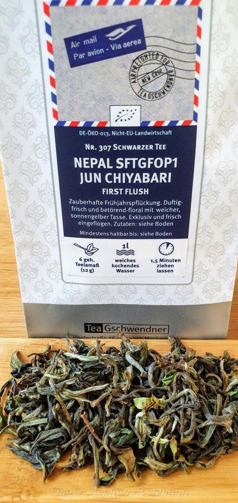 Nepal Jun Chiyabari Flugtee